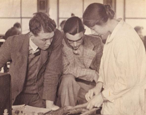 Dr Sidnie Manton 1902-79