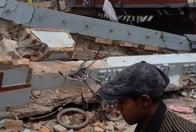 Nepal earthquake 2015 aftermath, credit Krish Dulal