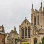 Image of St Edmundsbury Cathedral via Wikipedia
