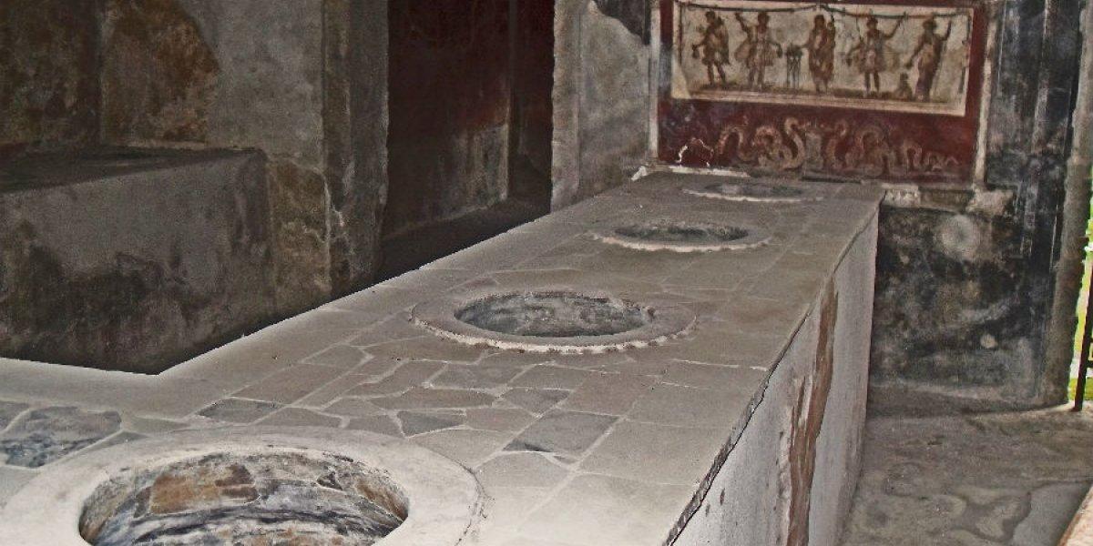 Street Bar in Pompeii