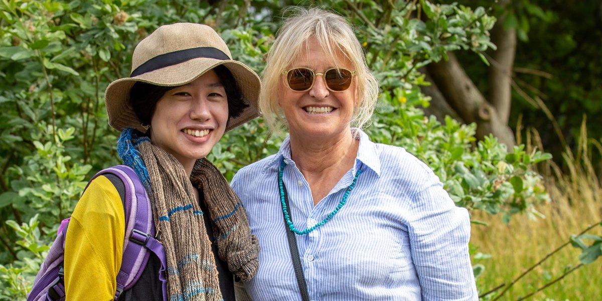 Two ladies at the Botanic Garden tour