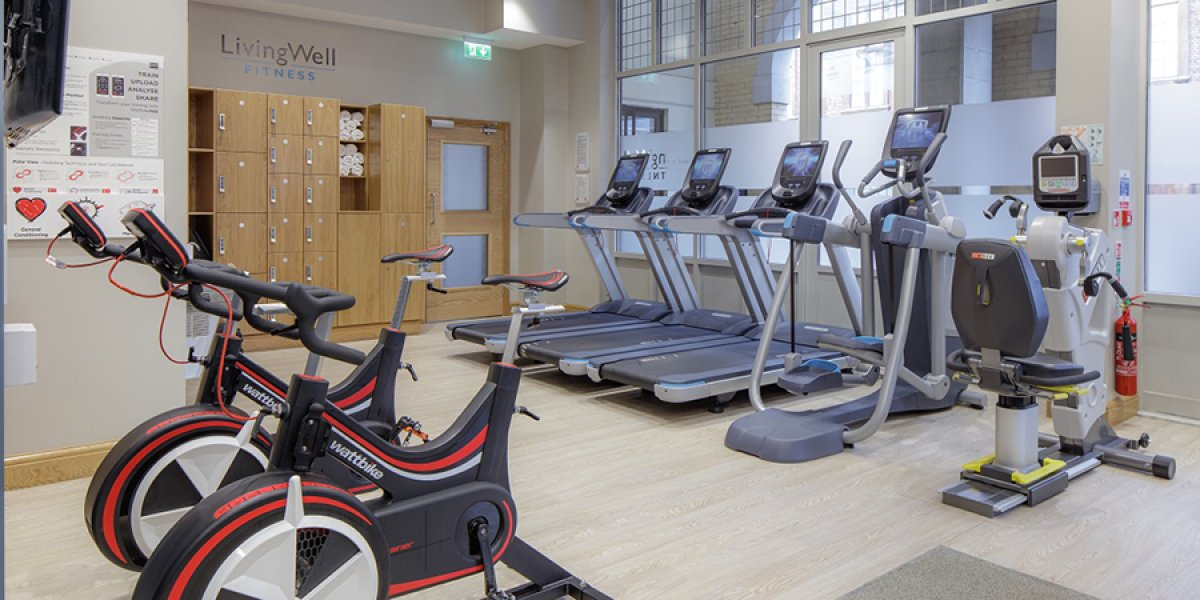 Living Well Gym - treadmills and spin bikes