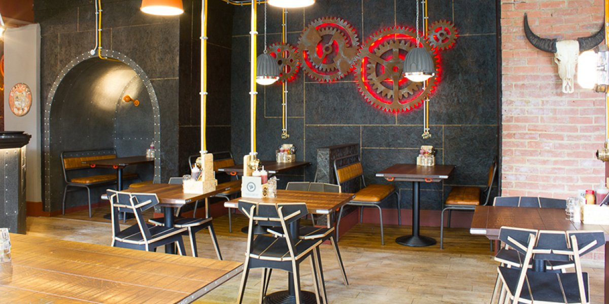 SmokeWorks interior, Station Road