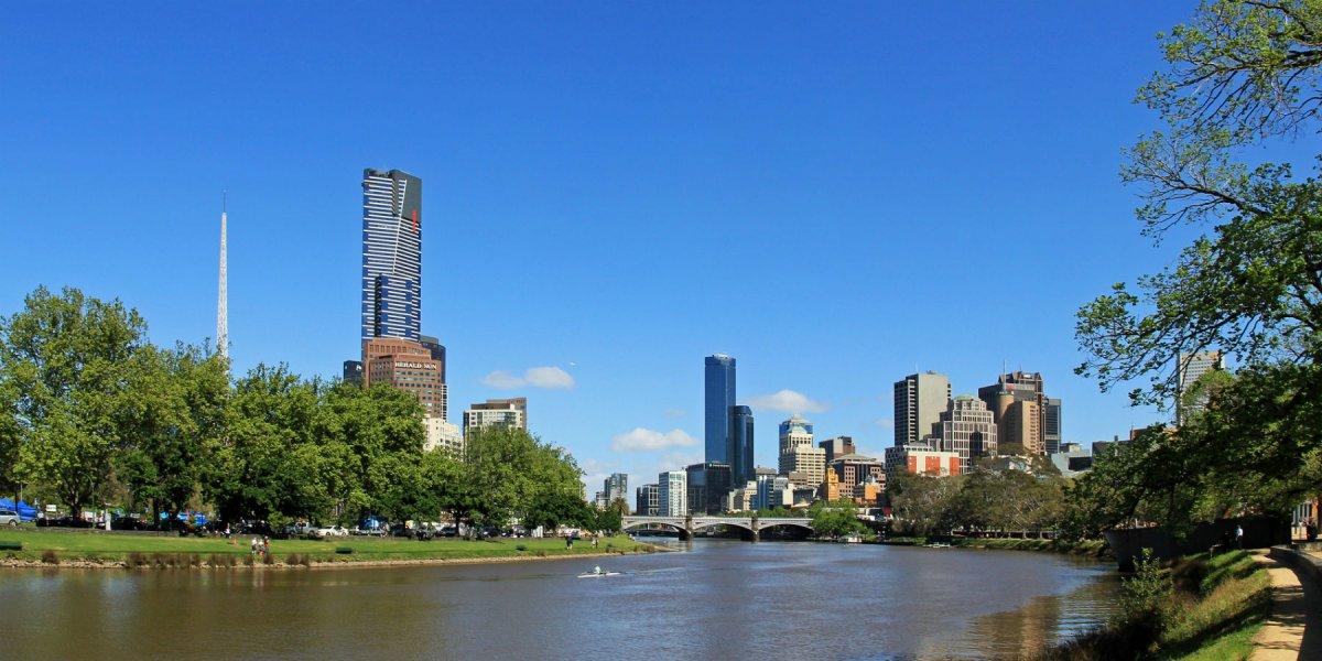 Melbourne Yarra River City Skyline