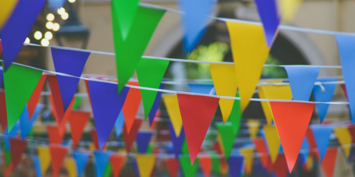 Coloured Bunting