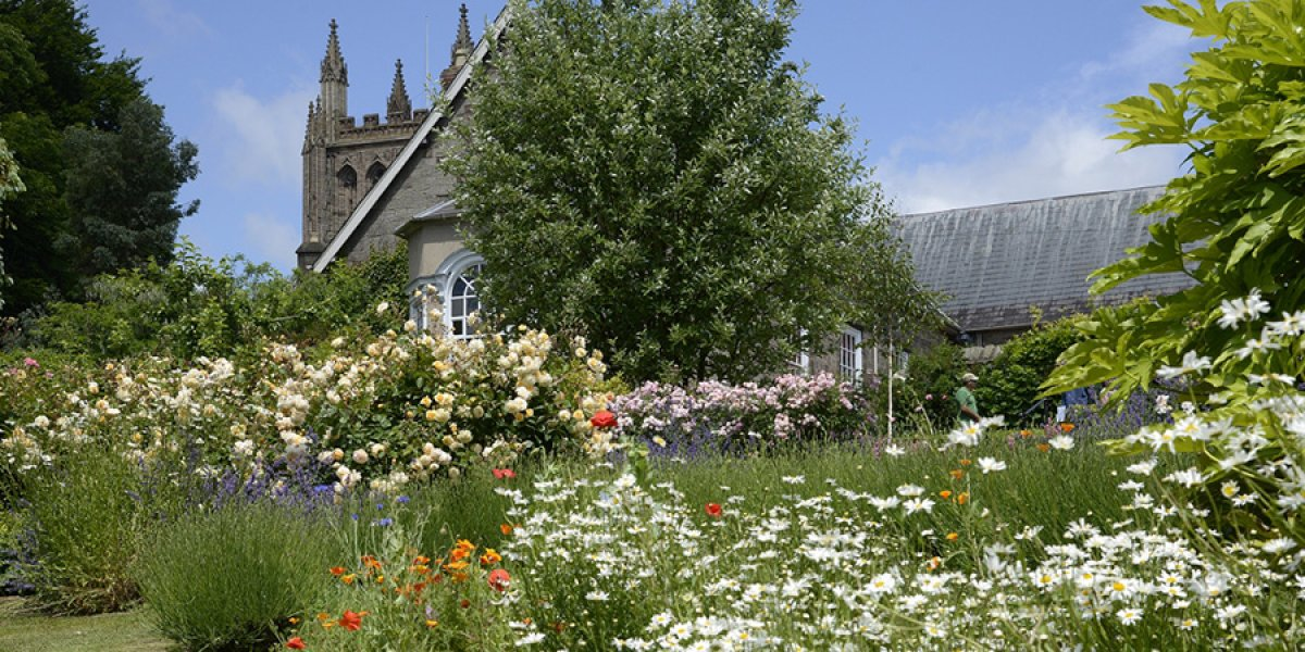 Gardens at Hereford Cathedral