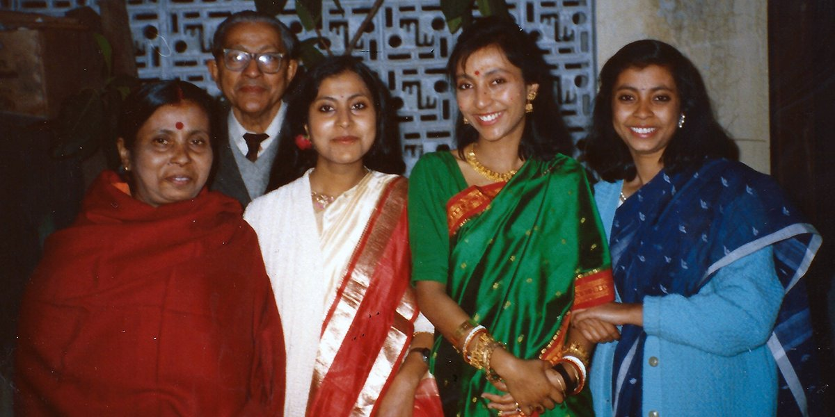 Sumita pictured with family at her wedding reception in Delhi, January 1991.